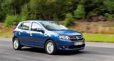 dacia sandero 6000 euros los 6 mejores coches nuevos entre 6 000 y 7 000 euros autobild es