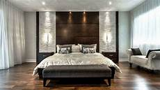 Amazing Back Walls For A Beautiful Bedroom