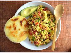 huevos pericos  colombian scrambled eggs_image