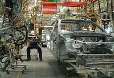 mecanicien auto salaire technicien automobile comment devenir technicien