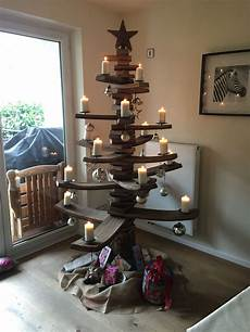 weihnachtsbeleuchtung innen christmastree out of barrelwood fassdauben fenster