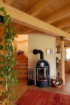Holzhaus Innen Rustikal Im Landhausstil Mit Kamin