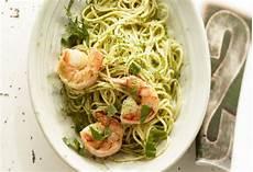 spaghetti mit garnelen spaghetti mit garnelen in limonen basilikum aioli frisch