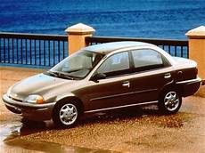 blue book value for used cars 1997 geo metro on board diagnostic system used 1997 geo metro lsi sedan 4d pricing kelley blue book
