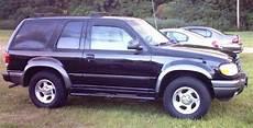 sell used 2000 ford explorer sport two door 2 door