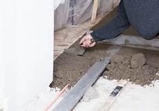 Terrassenplatten Auf Beton Verlegen 187 In 3 Schritten