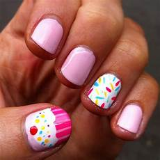 monday manicure cupcakes sprinkles nail art perfectly