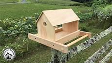 comment fabriquer une mangeoire en bois pour les oiseaux