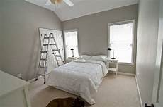 valspar woodlawn colonial gray master bedroom guest bathroom beige carpet bedroom bedroom