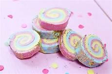 Diy Seife Mit Regenbogen Muster Selber Machen Einfache