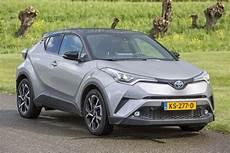 c hr hybride toyota c hr hybrid 2017 autotest autoweek nl