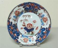 China Porzellan Antik - early 18th c export imari porcelain cabinet plate
