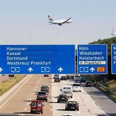 Frankfurt Airport Auto