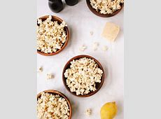 black pepper and parm cheesy popcorn_image