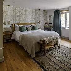 green bedroom decorating ideas for a mellow space