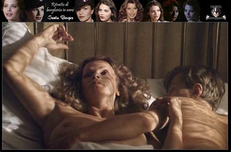 Arrow Kiss Felicity
