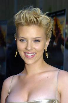 scarlett johansson has tried just about every hairstyle in
