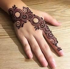 Arabische Muster Malvorlagen Hochzeit 75 Neueste Arabische Mehndi Designs F 252 R H 228 Nde Henna