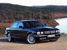 Jaguar Xj 42 V8 Photos News Reviews Specs Car Listings