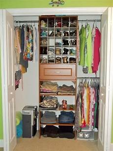 Bedroom Closet Ideas For Small Spaces by Creative Storage For Small Spaces Inspirational Bedroom