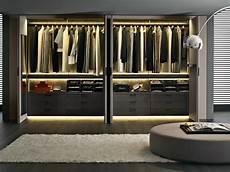 kleiderschrank systeme begehbarer kleiderschrank system mit modernem design