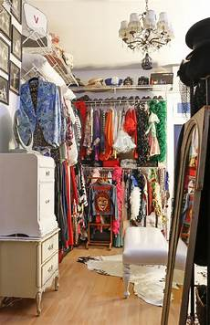 Apartment Organizing Ideas by 20 Ideas For Organizing Your Bedroom Closet Apartment