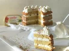 crema pasticcera con mascarpone torta con crema al mascarpone la ricetta veloce vall 233 italia