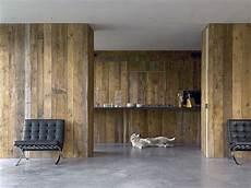 mur interieur en bois de coffrage bois anciens atmosphere bois