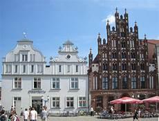 File Greifswald Marktplatz 1 Jpg Wikimedia Commons