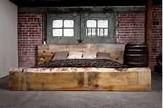 wand schlafzimmer gestalten braune schlafzimmerwand schlafzimmer gestalten originelle