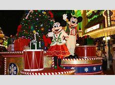 disney world very merry christmas