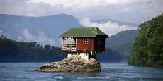 home on earth the 18 coolest homes on earth business insider
