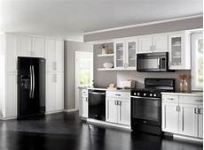 Kitchen Colors Black And White by How To Decorate A Kitchen With Black Appliances