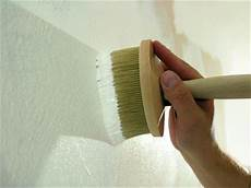 mittel gegen schimmel an wand kalkputze und farben auf sumpfkalkbasis wirksam bei