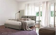 cuscini per testata letto matrimoniale letto imbottito con testiera a cuscini spencer