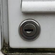 Briefkasten Ohne Schlüssel öffnen - wie entferne ich am besten eine abgebrochene schl 252 ssel