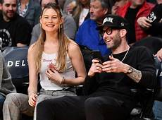 Adam Levine Frau - adam levine and behati prinsloo s date gets