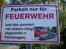 Parken In Feuerwehrzufahrt - leverkusen bild parken nur f 252 r feuerwehr schild