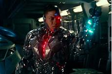 Cyborg Justice League Featurette Plus Cameo