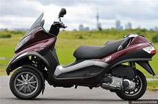 piaggio mp3 250 the scooter review