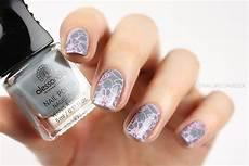Nageldesign Grau Rosa Floral Nail Sting Nail