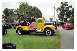 Mack B 61 Tow Truck  Trucks & Buses Of Yesteryear