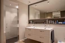 decoration architecture salle d eau vasque luminaire