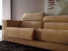 divani scontati busnelli divano ugo scontato 64 divani a prezzi