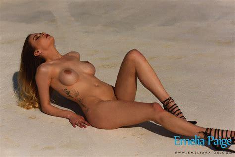 Emelia Paige Selfie