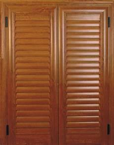 verniciatura persiane in legno persiane in alluminio effetto legno pannelli termoisolanti