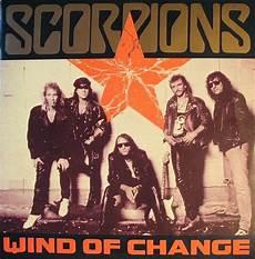 traduzione testo wonderwall oasis wind of change scorpions con musica testo