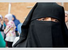 Cairo University Niqab Ban: Lecturers Forbidden From