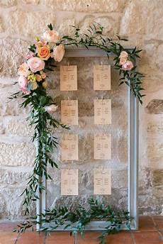 tableau plan de table mariage un plan de table fleuri dans les tons roses p 234 che orange