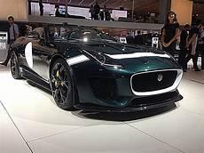 jaguar et land rover mondialauto les stands jaguar et land rover auto